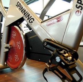 Träningscykel i garaget